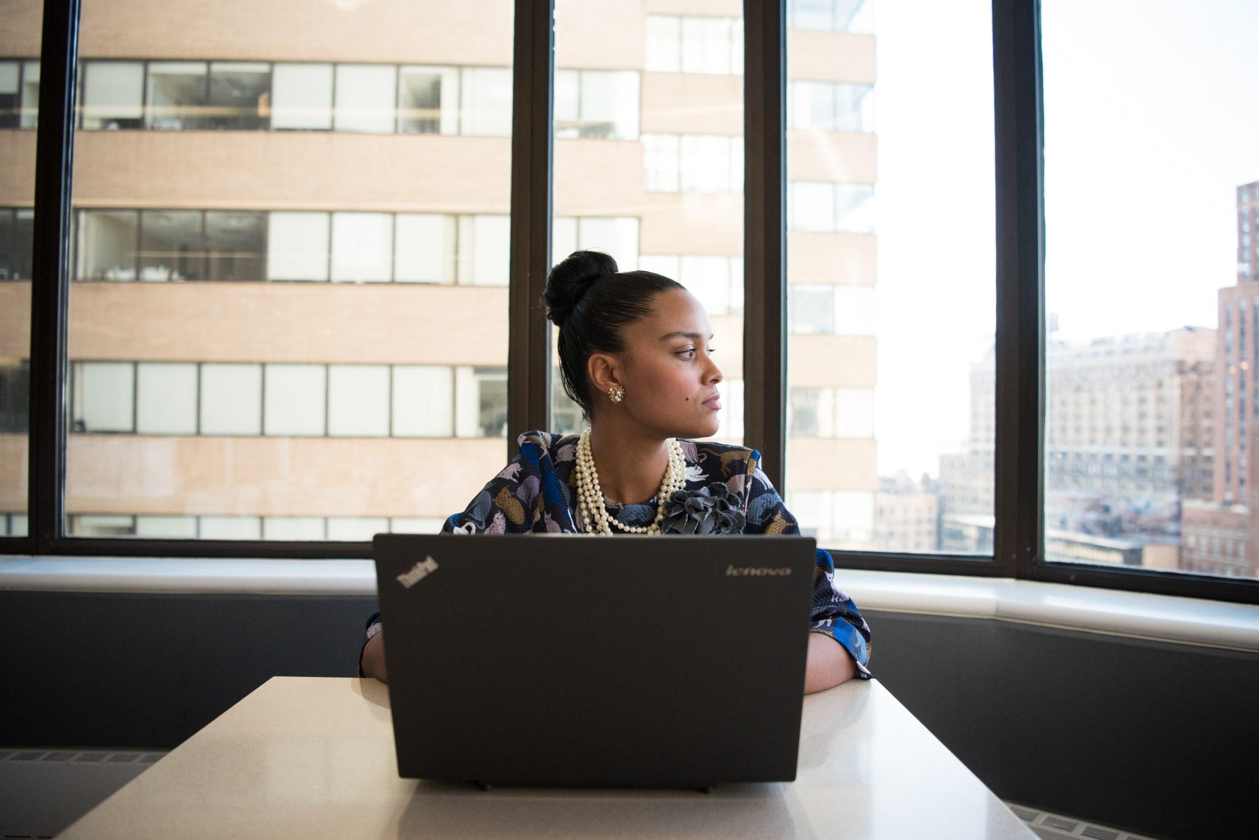 3 wyzwania pracy w wirtualnych zespołach – oraz sposoby by je pokonać!