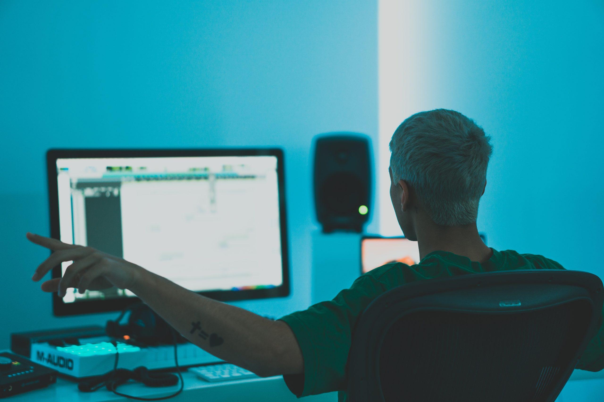 Producent szkoleń online – mistrz drugiego planu